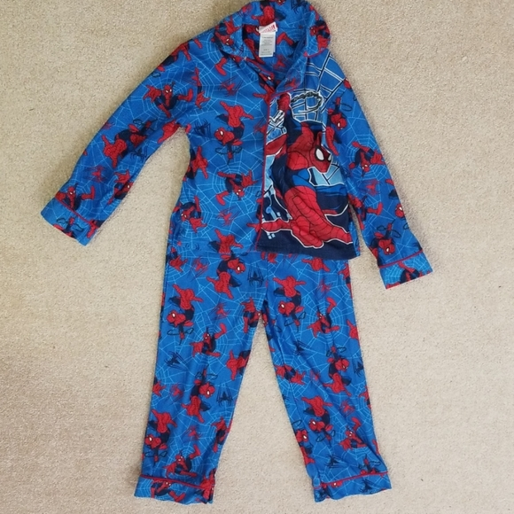 Spider-man Marvel Cute Red Pajamas Gift for Kids Boys Youth 2-PC Sleepwear NWT